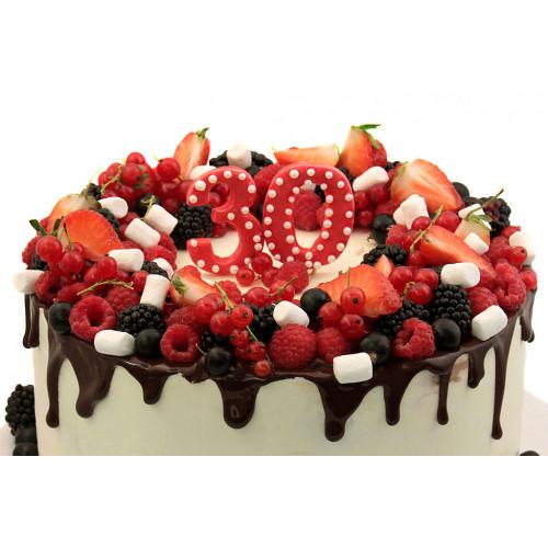 Торт с ягодами для женщин