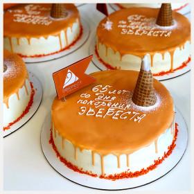 Торты в подарок для клиентов компании Эверест