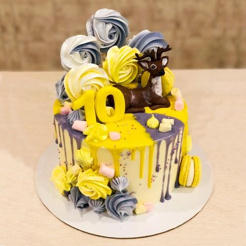 Торт на 10 лет с Безе
