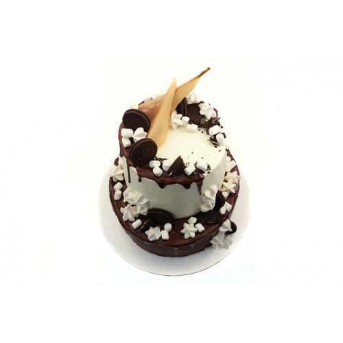 Торт в шоколадной глазури
