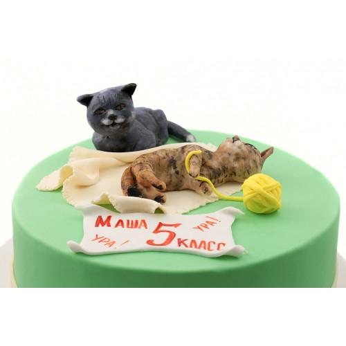 Торт с котами из мастики