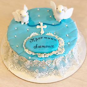 Торт на Крестины с голубями