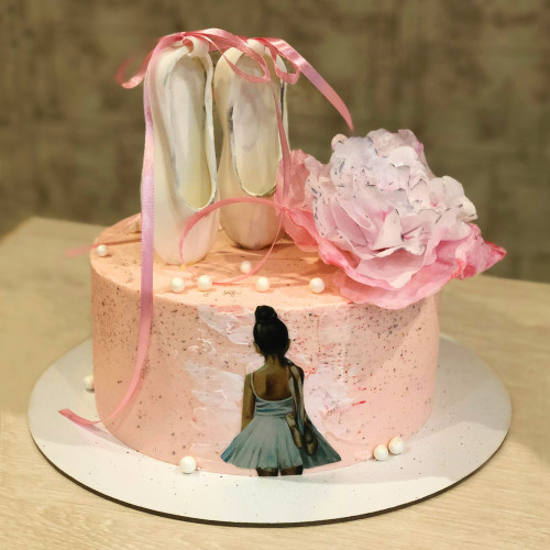 Торт для балерины с пуантами
