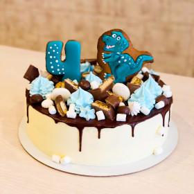 Торт с динозавром из пряника