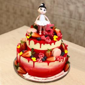 Торт на 5 лет с балериной