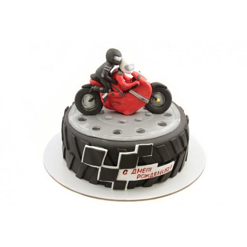 Торт с мотоциклом из мастики
