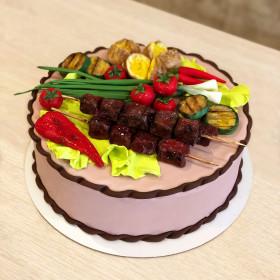 Торт в виде шашлыка и гриль овощей