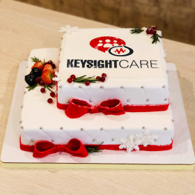 Новогодний торт на корпоратив