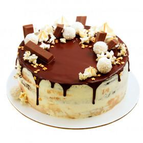 Открытый торт с попкорном