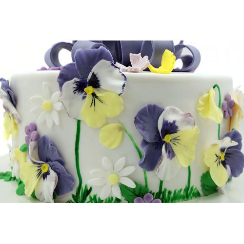 Торт с цветами Анютины глазки