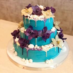 Торт с цветами орхидеи