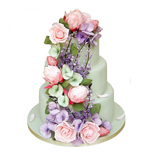 Свадебный многоярусный торт с цветам