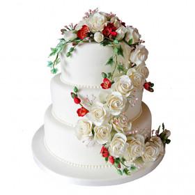 Свадебный трехъярусный торт с розами