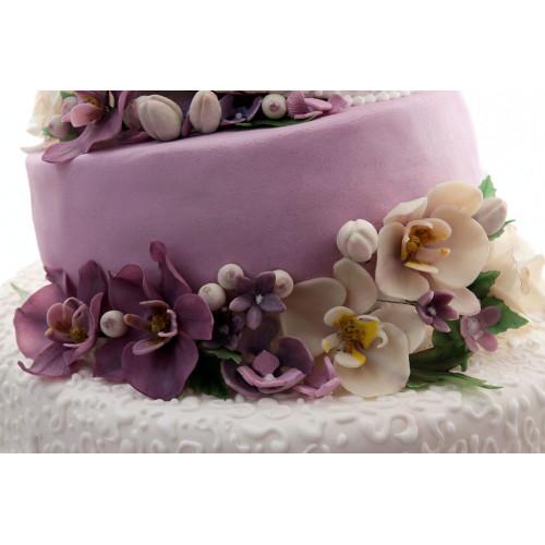 Трехъярусный торт с орхидеями