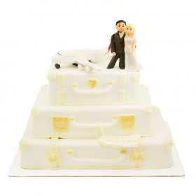 Свадебный торт на чемоданах