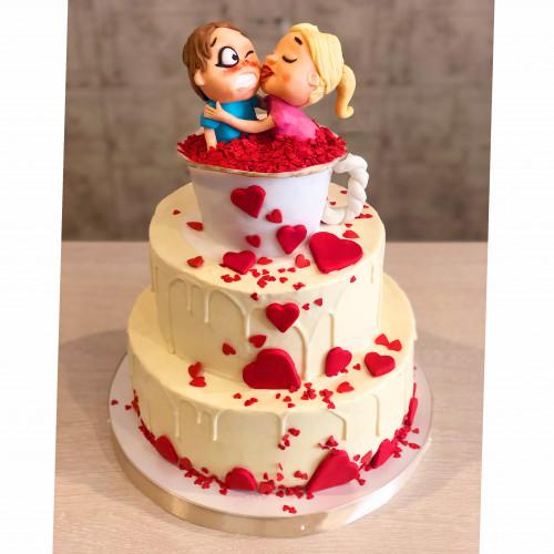 Свадебный торт с Невестой и Женихом в Чашке