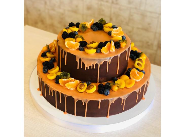 Торт с лесными ягодами и вкусным печеньем орео заказать в